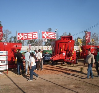 expo_MIL_2010_01